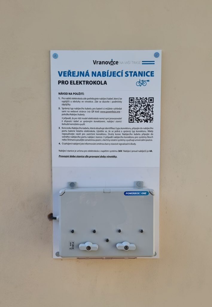 Nabíječka elektrokol